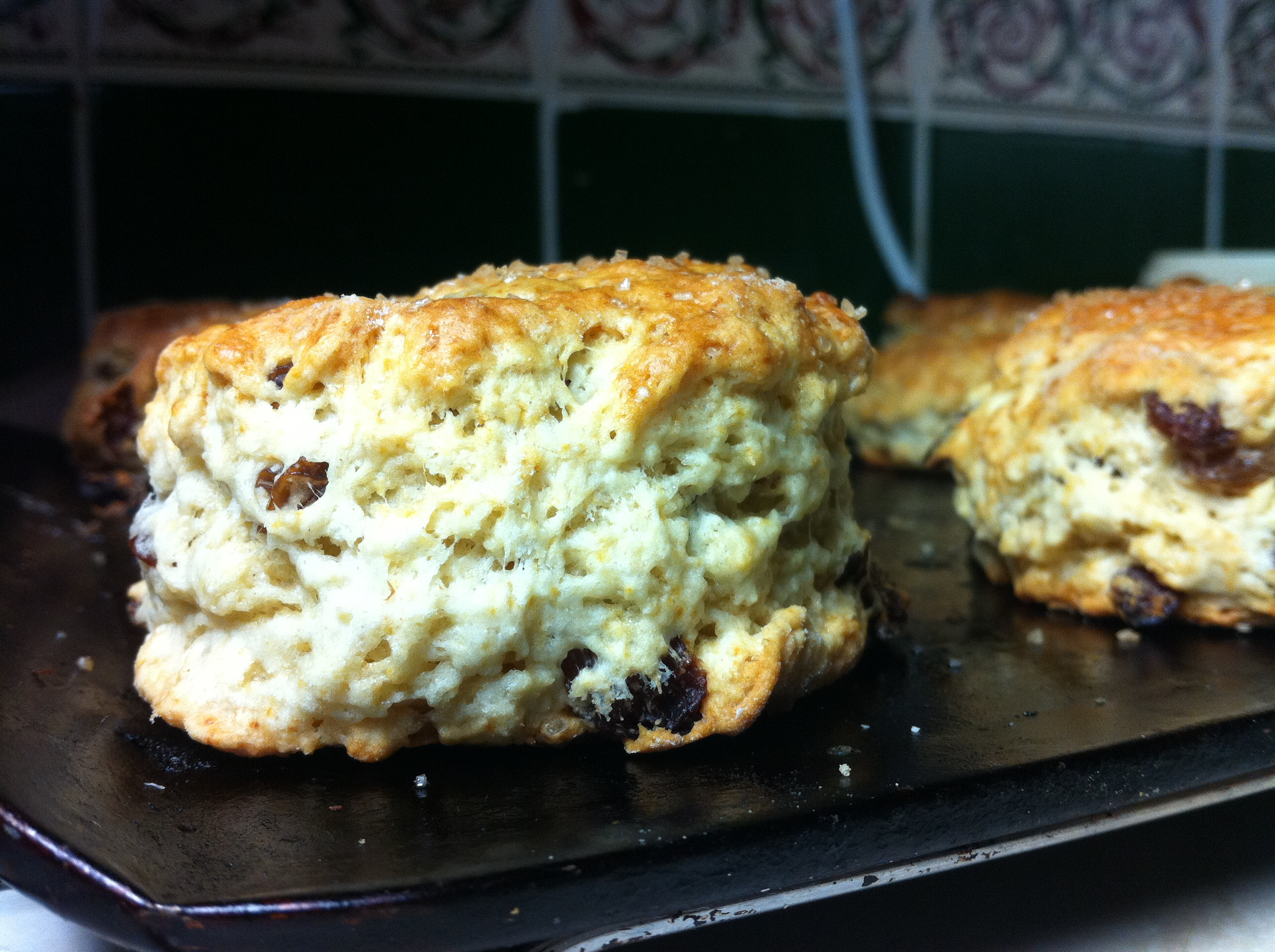 How to bake fruit scones