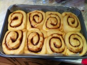 cinnamon roll buns