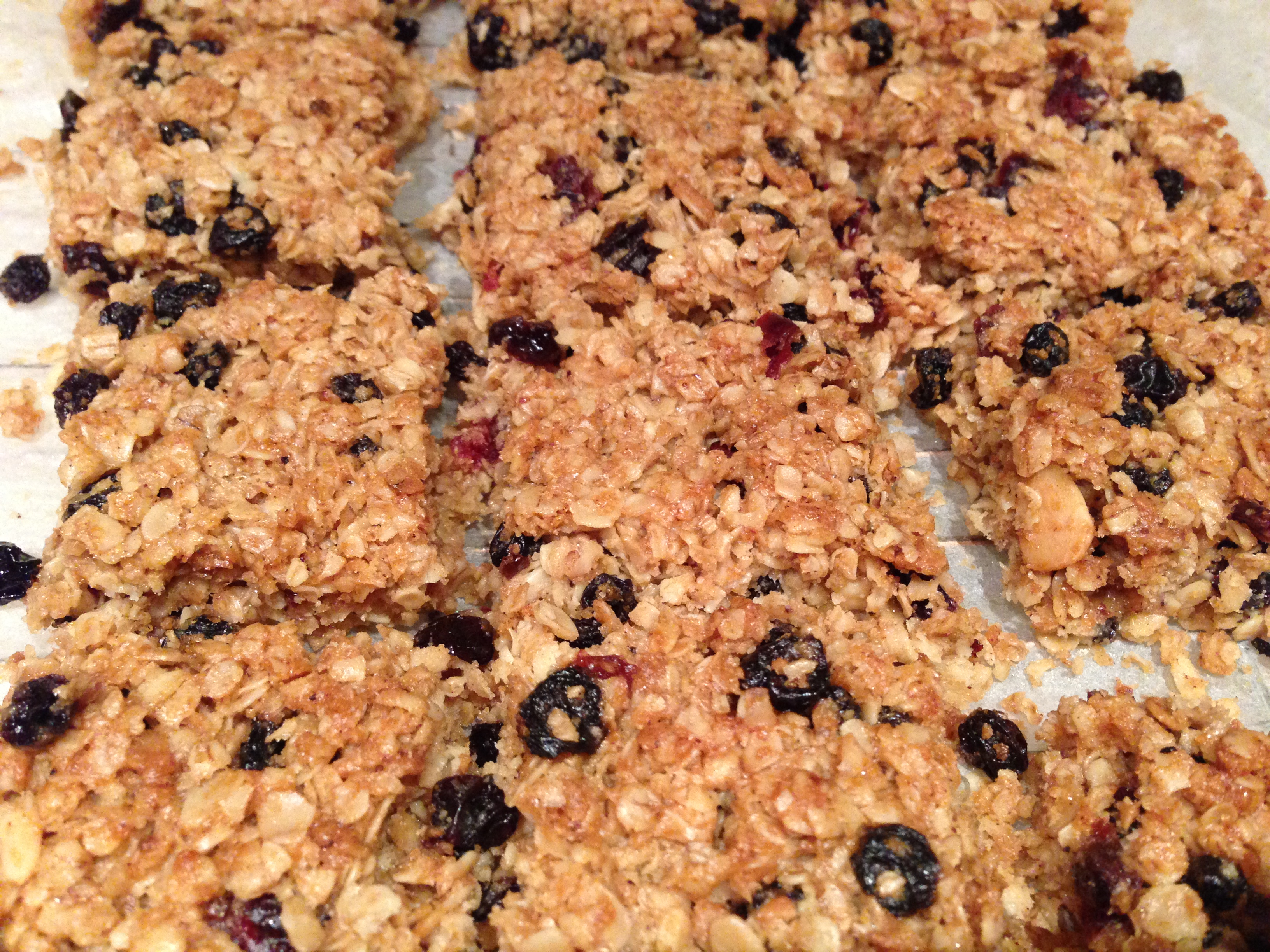 Recipe for Oat Flapjacks with dried fruit
