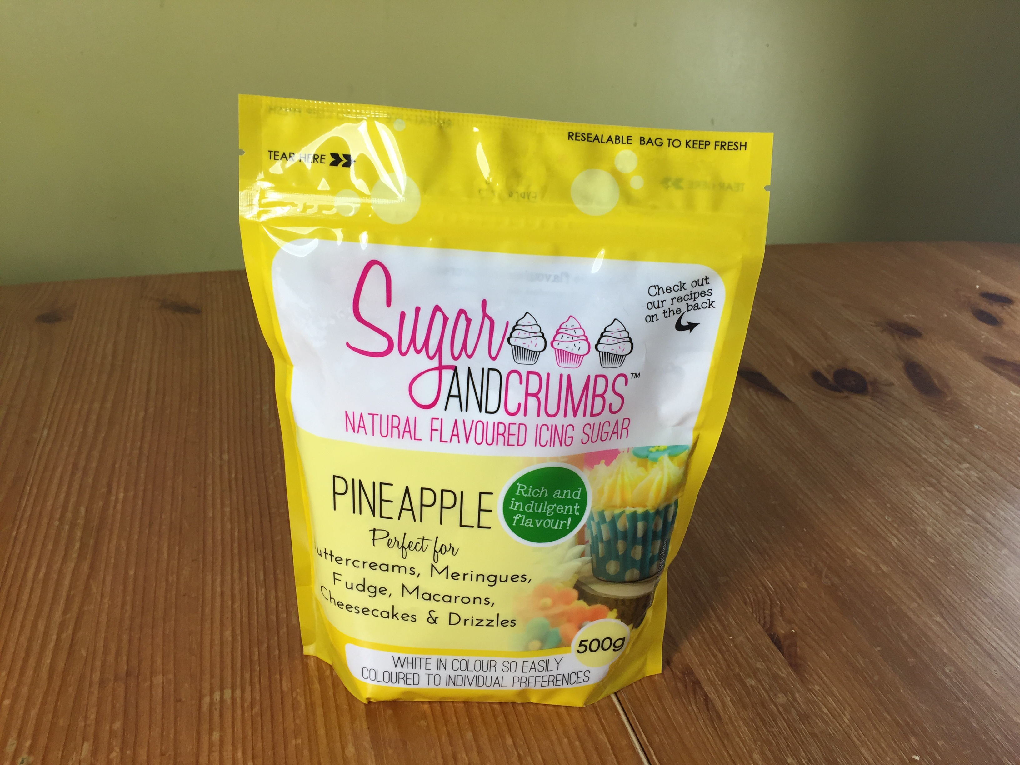 Pineapple flavoured icing sugar
