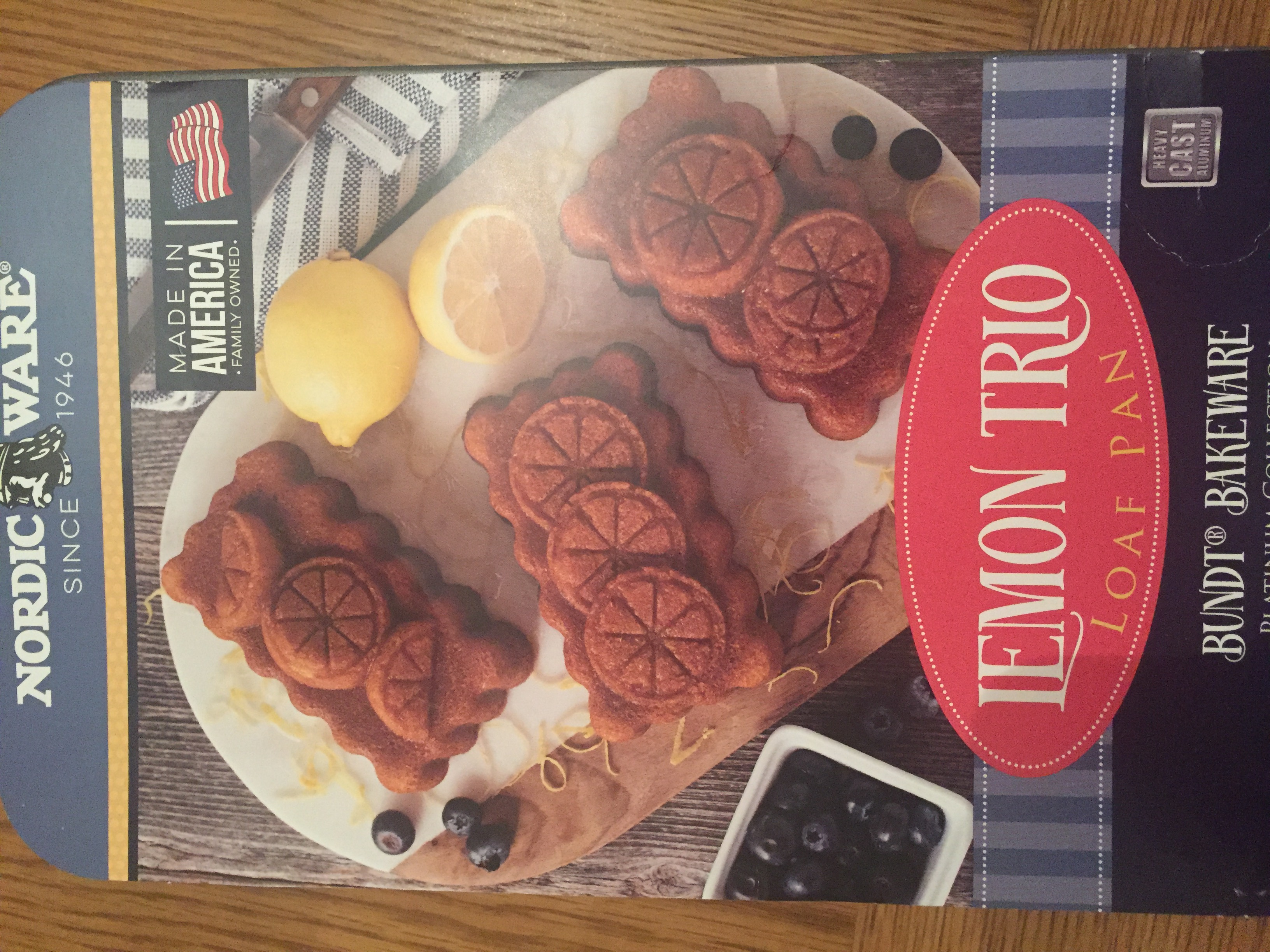 Nordicware uk bundt cake tins