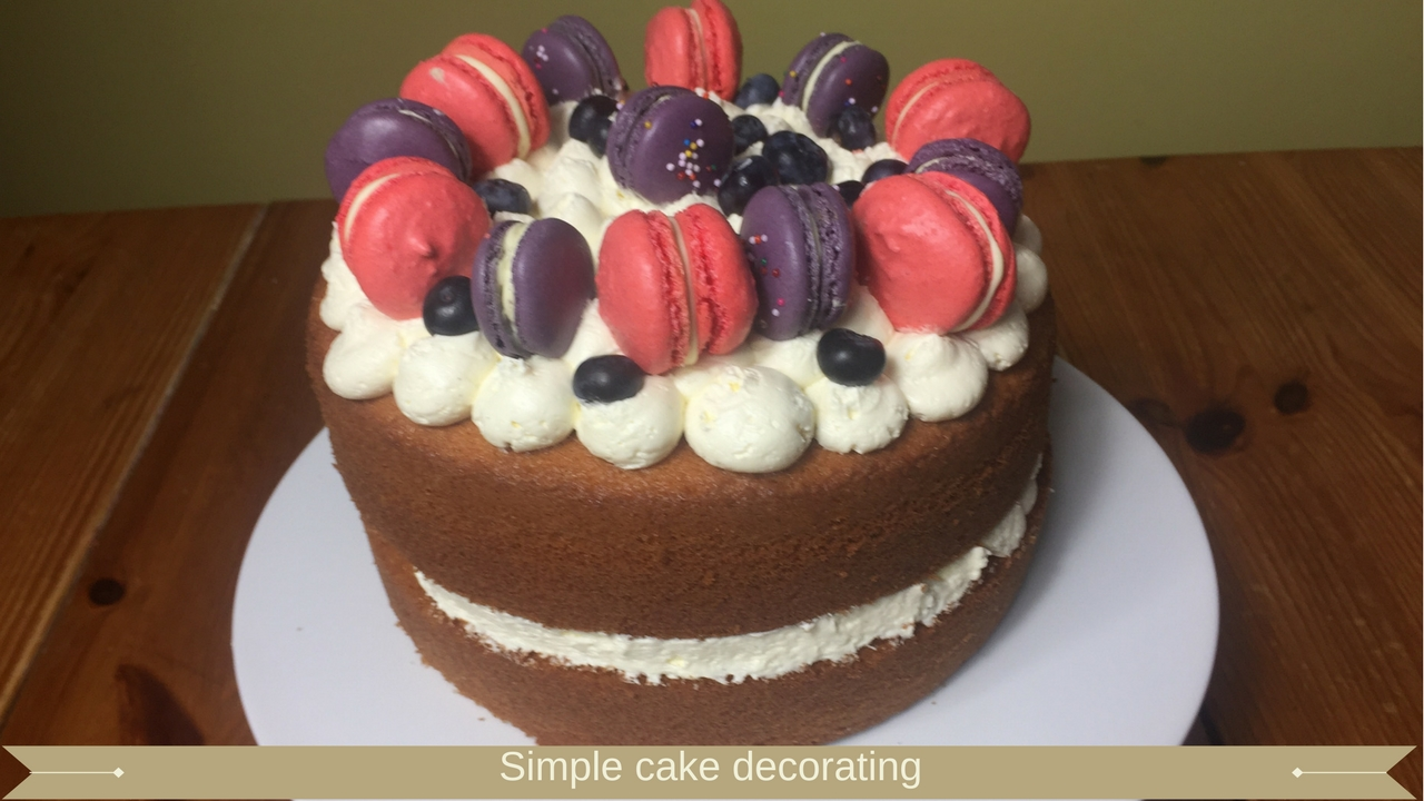 Simple cake decorating for beginners - meadow brown bakery