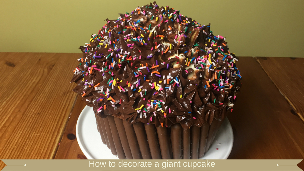 How to decorate a giant cupcake : Meadow Brown Bakery