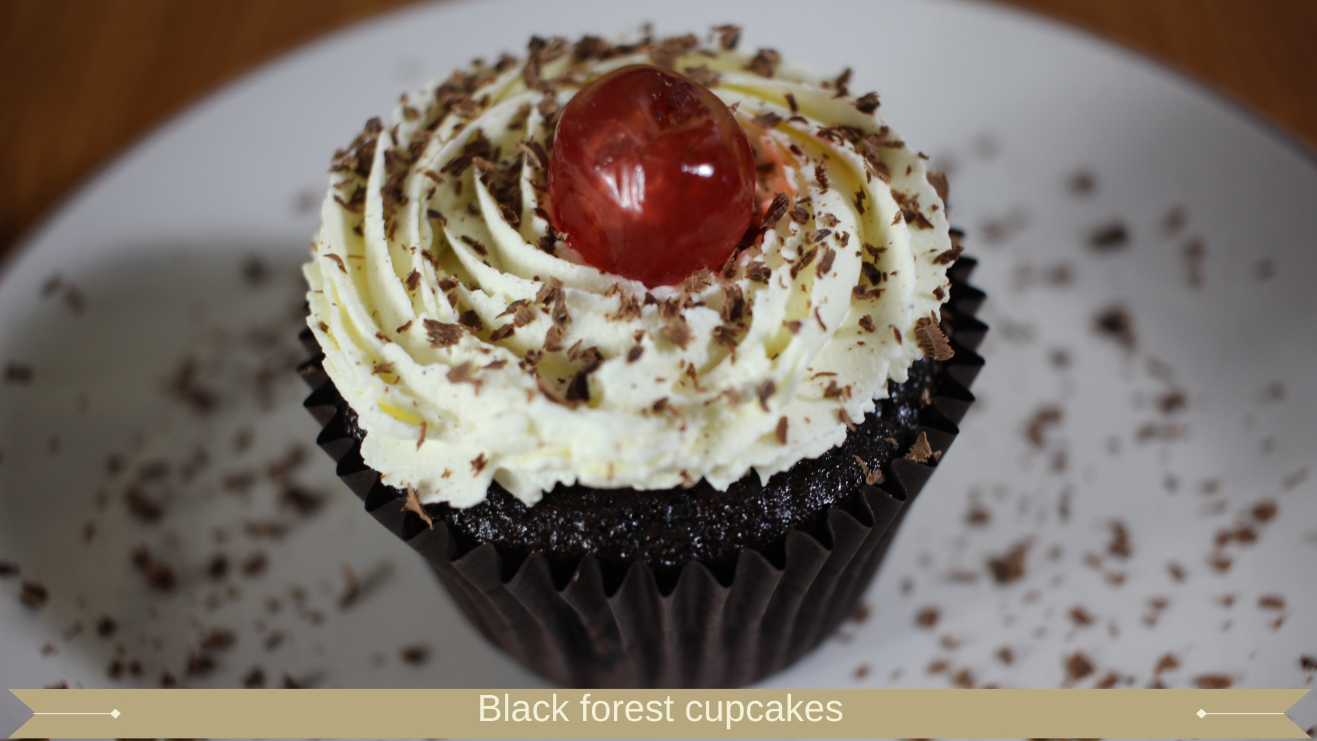Black forest cupcakes : Meadow Brown Bakery